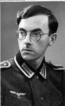 F. de Beaulieu en 1942