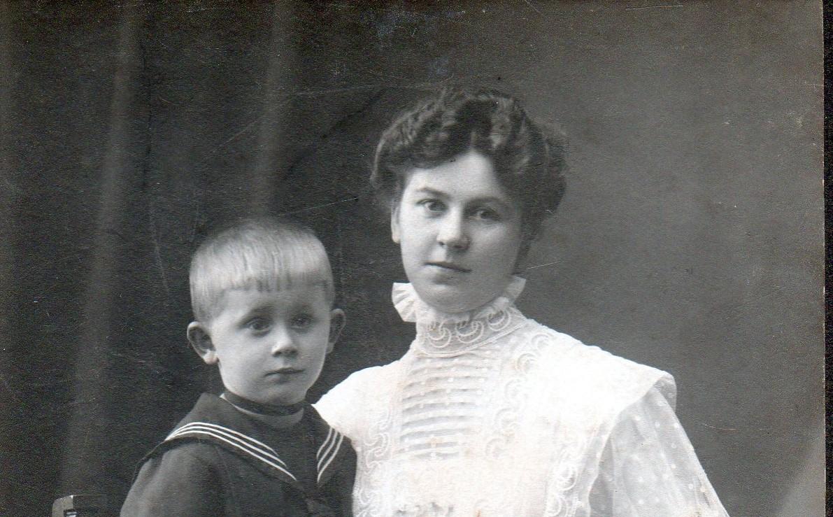 Marie Hey et son fils Franz Bodo Hey vers 1908
