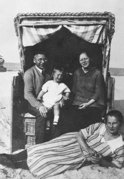 Eva John et sa famille en 1924